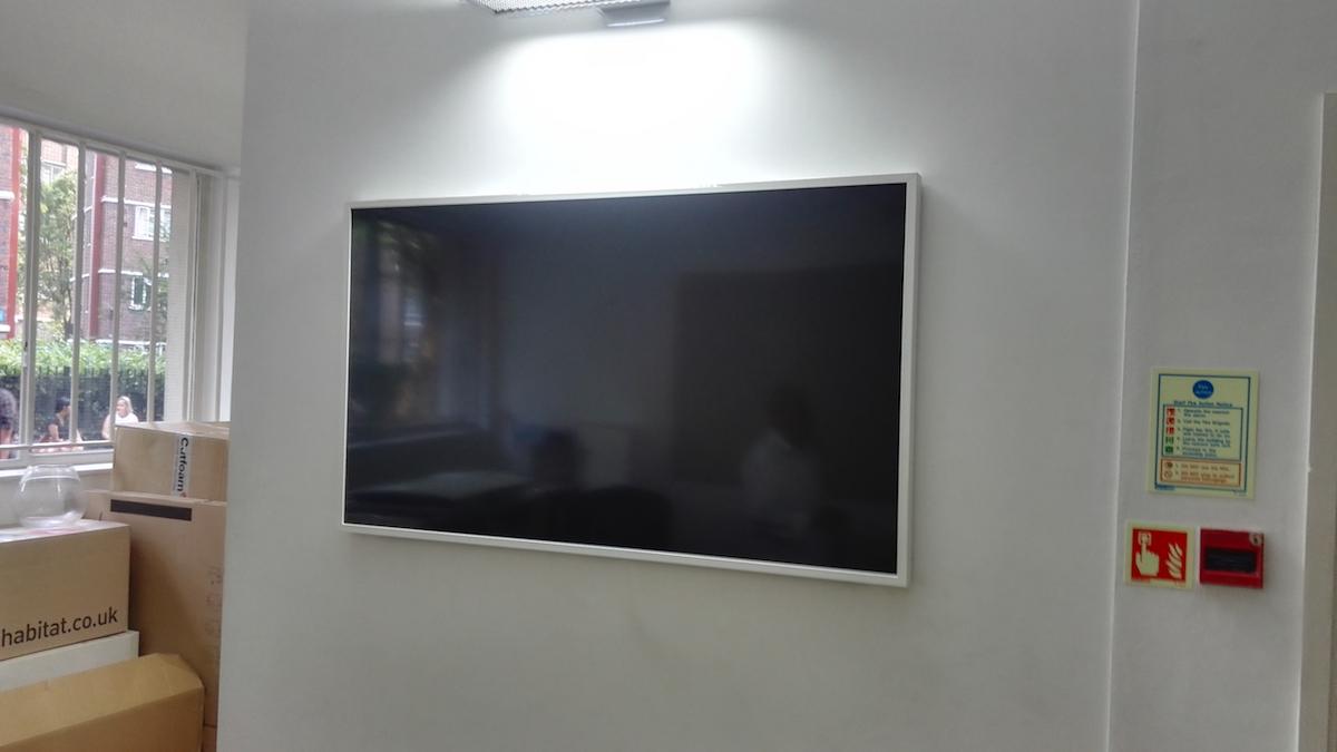 TV_Mounting_Service_ Samsung_Frame_Flat_Pack_Ninja