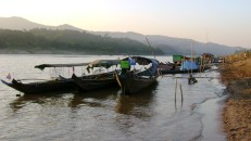 Thai Laos Mekong