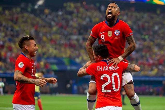 SÃO PAULO, SP - 28/06/2019 - COPA AMÉRICA 2019: COLÔMBIA X CHILE - Aranguiz do Chile durante partida entre Colômbia x Chile, válida pelas quartas de final da Copa América 2019, realizado na Arena Corinthians, na zona leste em São Paulo, na noite desta sexta-feira, 28.