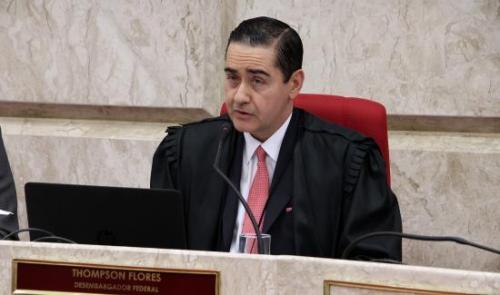 Foto: Presidente do Tribunal Regional Federal da 4a. região, Desembargador Federal Carlos Eduardo Thompson Flores Lenz. Foto/TRF4