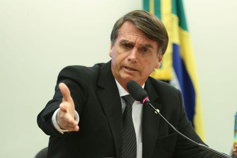O 'PRESENTE' DE BOLSONARO ÀS MÃES