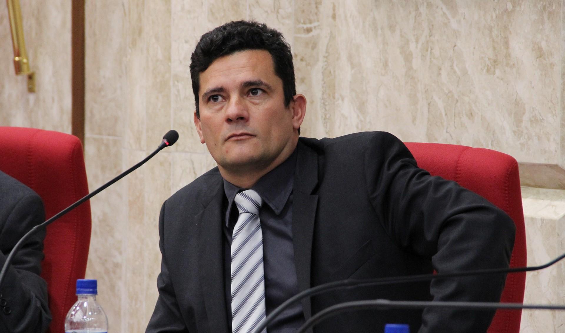 MORO CONDENOU PAULO FERREIRA A 9 ANOS E 10 MESES