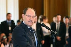 PARA DEPUTADOS, ELEITOR GAÚCHO PODE DECIDIR SOBRE PRIVATIZAÇÃO