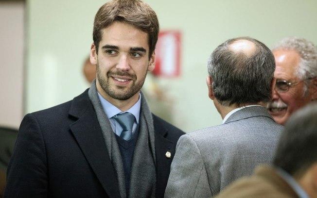 CRISE NA SAÚDE DE PELOTAS AFETA PROJETO POLÍTICO DE EDUARDO LEITE