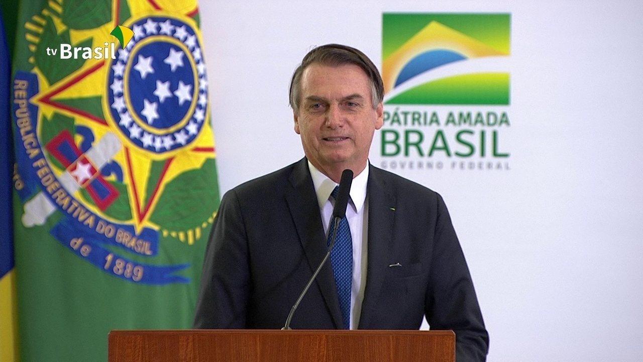 EM BRASÍLIA, OS 100 DIAS DE GOVERNO