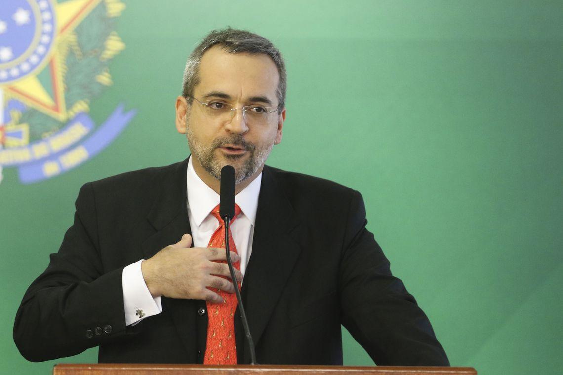 MINISTRO WEINTRAUB DESENHA PARA REITORES LULOPETISTAS ENTENDEREM: CORTE É DE 3,4%