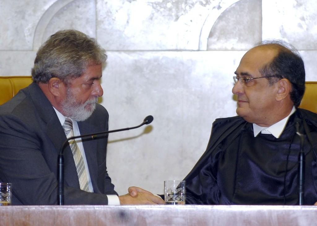 LULA E JOSÉ DIRCEU MOSTRAM AO BRASIL SUA FORÇA NO STF