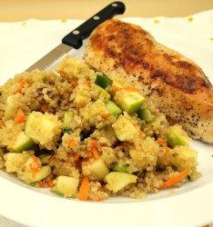 chicken and fruit quinoa salad