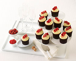 image of platters of cupcakes