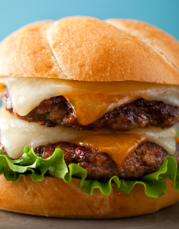 What's next for our burger obsession.. Of course.. it's ground bacon!! Enter the recipe for theDouble Bacon and Beef Burger. #burger #bacon #sandwich #dinnerideas
