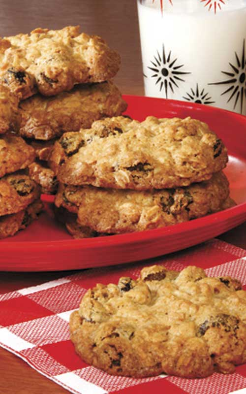 Big and Chewy Oatmeal Raisin Cookies