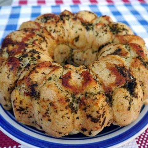 Recipe for Pepperoni Pizza Monkey Bread