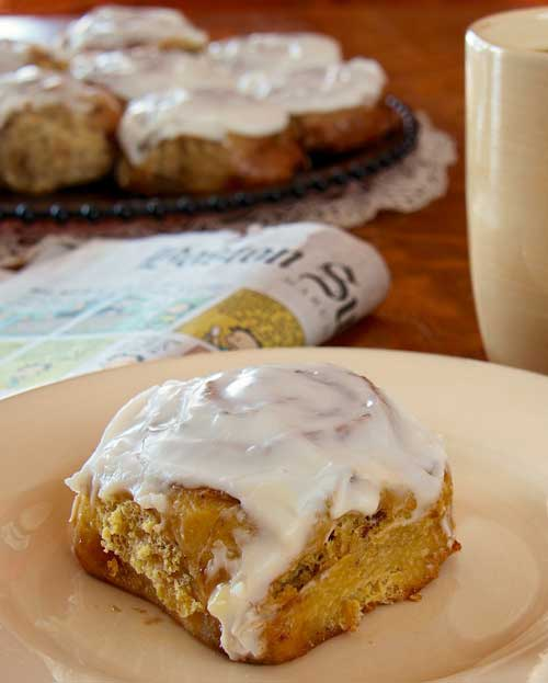 Recipe for Frosted Cinnamon-Raisin Sticky Buns - I made these cinnamon rolls for breakfast Sunday morning, based on the kid's reaction, I NEED to make these again.