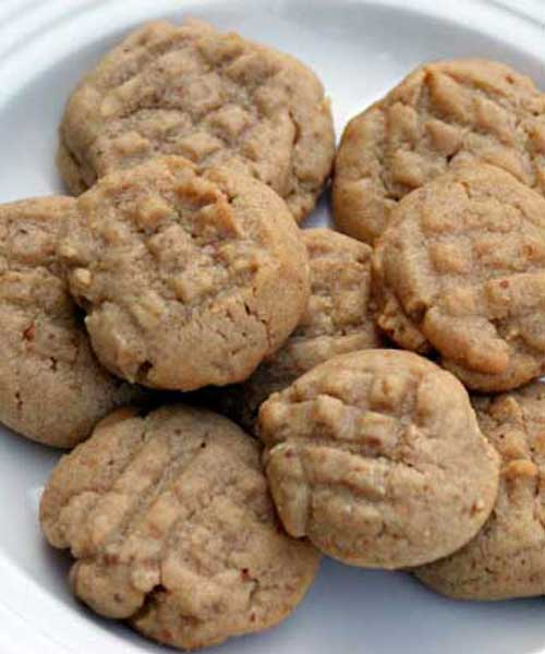 Perfectly Chewy Peanut Butter Cookies