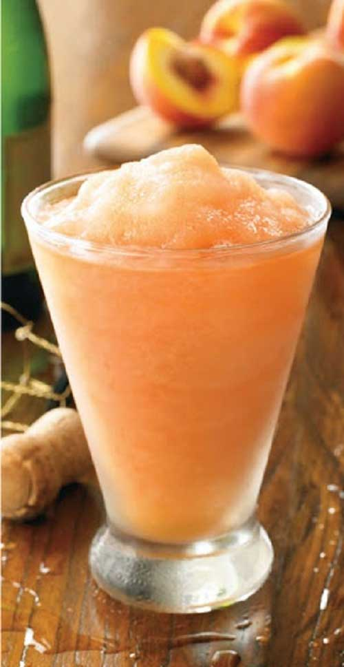 Recipe for Australian Peach Bellini - I adore frozen peach bellini's and this recipe is very close to my favorite restaurant's drink.