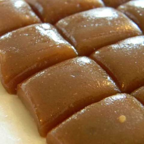 Recipe for Microwave Caramels - Make your own caramel right in the microwave. Great for a lovely gift. Or save some to add to your favorite treats.