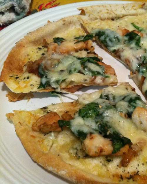 Chicken and Spinach Pita Pizzas