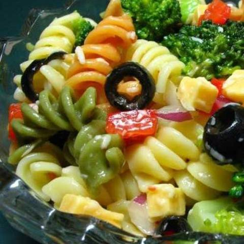 Recipe for Pretty Party Pasta Salad - This a pretty, easy to make salad for a party, or just for that special someone.