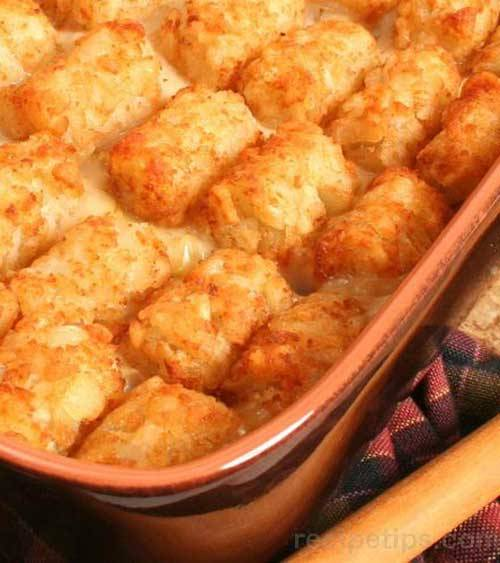 This taco tater tot bake combines tater tots into a Mexican style casserole that makes a delicious meal for any night of the week.