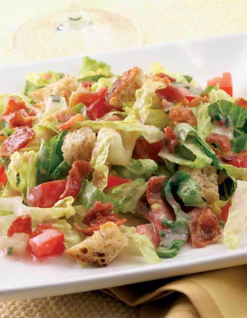 The whole family will love thisBLT Salad. It's a quick and easy recipe based on the classic BLT sandwich.