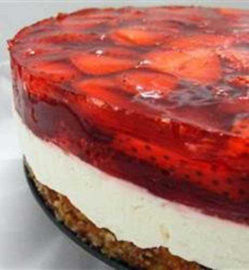 ThisStrawberry Pretzel Salad is a classic summer dessert that features a crunchy pretzel crust, a creamy center and a fresh strawberry and JELL-O Strawberry Flavor Gelatin topping.