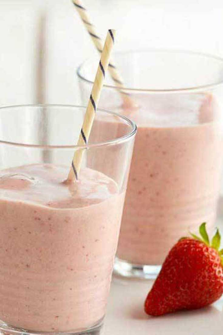 This Protein Packed Strawberry Banana Smoothie is scrumptious and satisfying...and let's not forget healthy. #strawberry #banana #smoothie #drink #breakfast #healthy