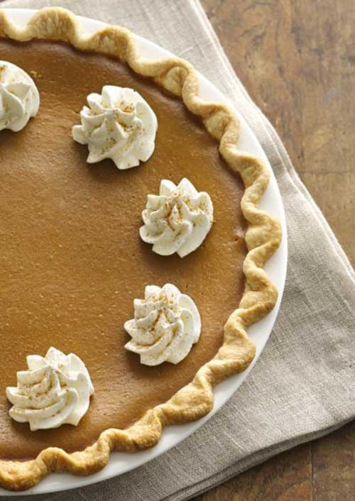 Take the fall coffee favorite, and enjoy it as this Pumpkin Spice Latte Pie! It does not get much better than that during this time of year.