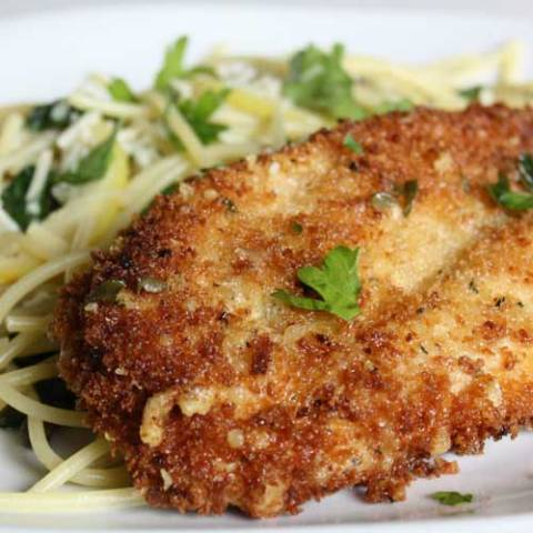 Recipe for Parmesan Crusted Chicken Picatta - Quick and easy to put together, the entire dish has a freshness that I really enjoyed. Couple that with the crunch chicken and I was in chicken picatta heaven.