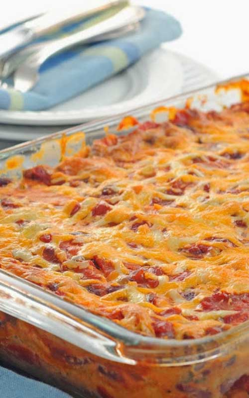 This is a delicious Mexican Ground Beef Casserole recipe with only 6.5 weight watcher points per LARGE serving! YUM