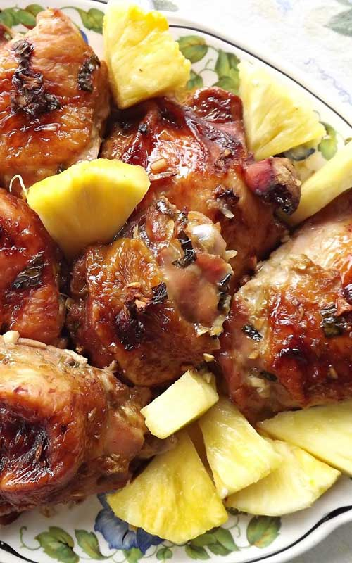 Looking to chase away those winter blues? This super healthy, and flavorful Hawaiian Chicken may be just the thing to do that!