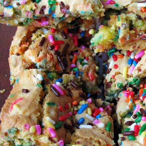 Recipe for Cake Batter Blondies - If you make these, you will probably make them again two nights later. I seriously could not stop eating these suckers. I wish you the best, I can't control what happens to your waistline.