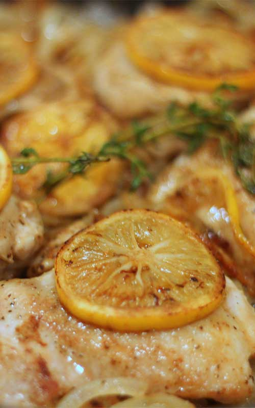One Skillet Lemon Thyme Chicken Recipe - You'll be amazed at how quickly this recipe for Easy One Skillet Lemon Thyme Chicken comes together. Did I mention it's all done in one skillet? This easy to make and clean up, I am sure you you will fall in love.