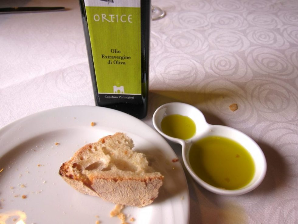 Ortice Olive Oil with Neapolitan Bread