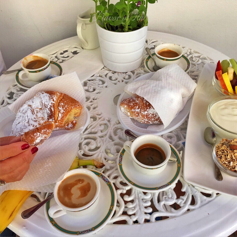 Breakfast in Positano