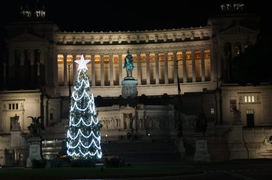 Piazza Venezia Christmas tree