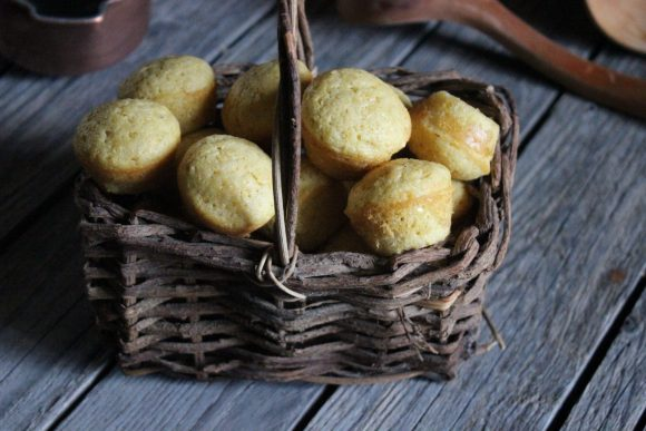 Corn bread and muffins
