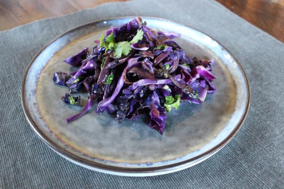 Delicious sautéed purple cabbage with fresh coriander