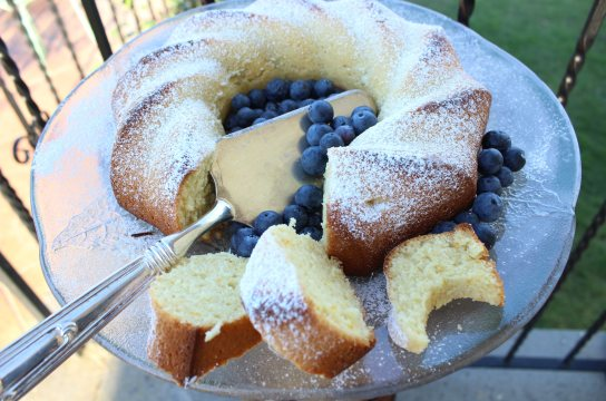 Blueberry Ciambellone Breakfast Poundcake is also great for dessert!
