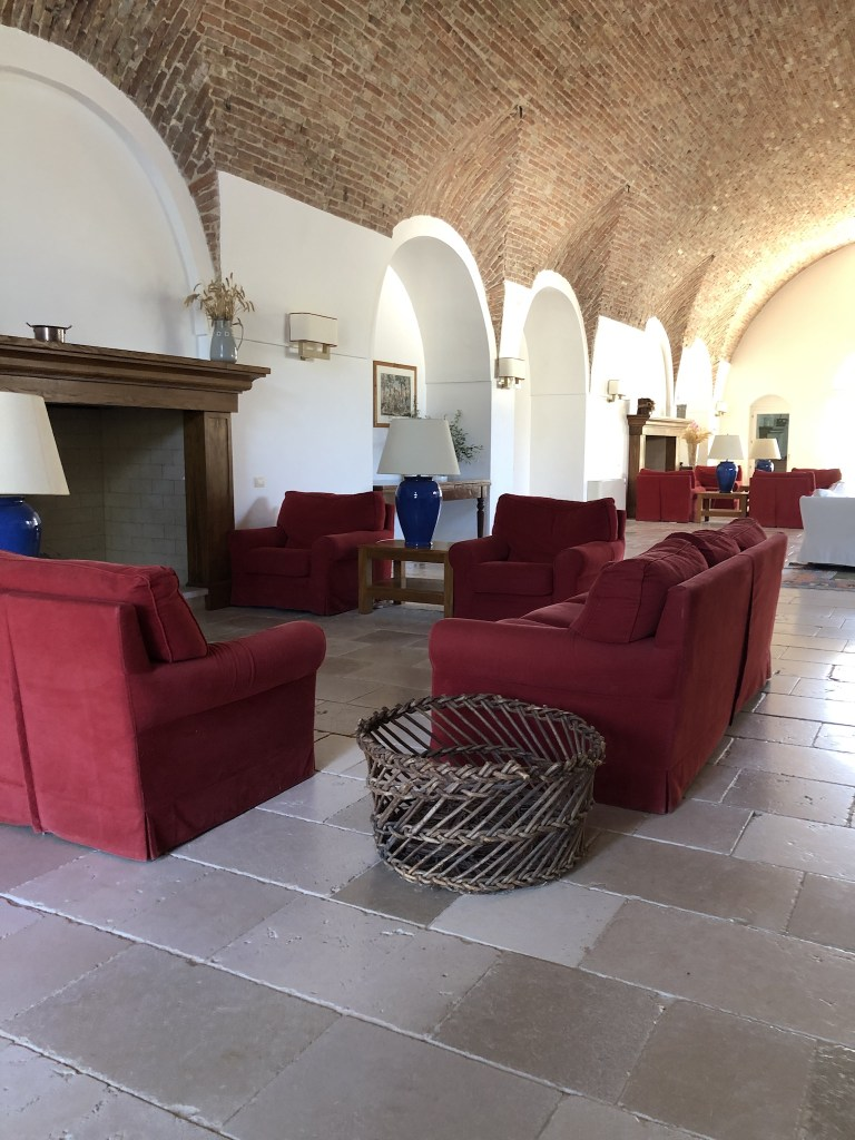 The masseria common area where you can read and relax