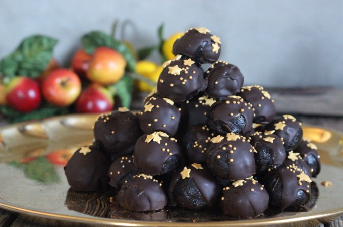 Holiday Chocolate Truffles