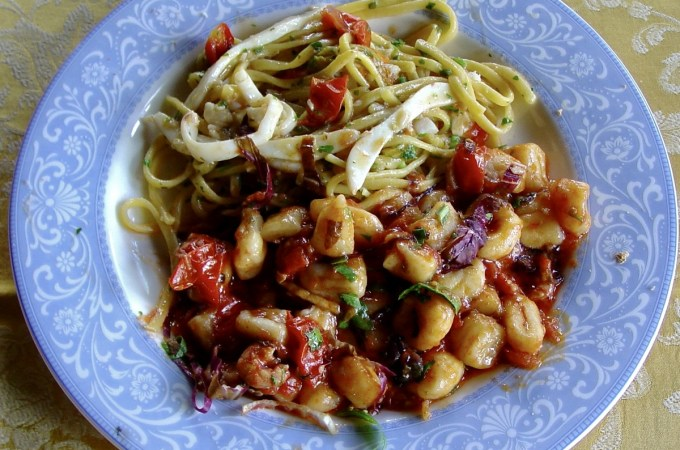 Luscious seafood-laden pasta dishes like this one in Diamante