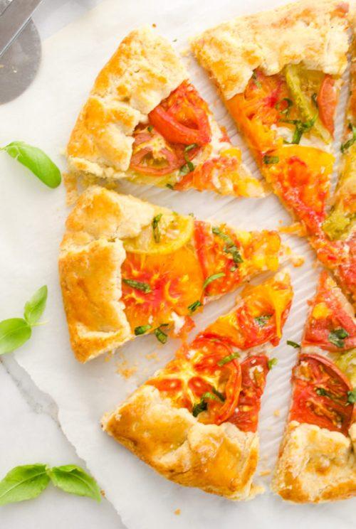 heirloom-tomato-galette-farmers-market-friday5 | flavorthemoments.com