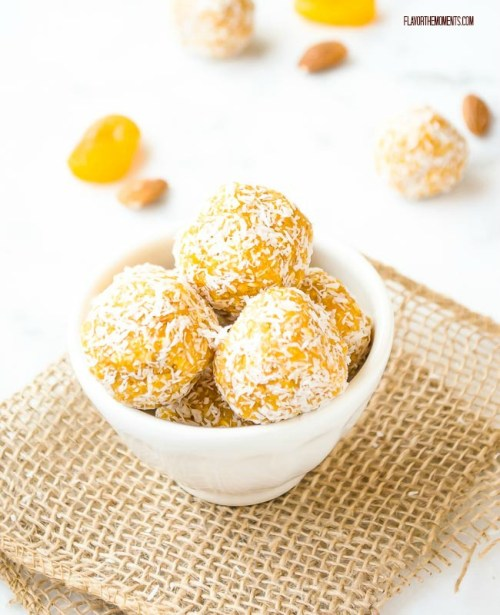 apricot-almond-coconut-energy-bites4 | flavorthemoments.com