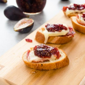 brie-fig-jam-and-serrano-ham-crostini1-flavorthemoments.com