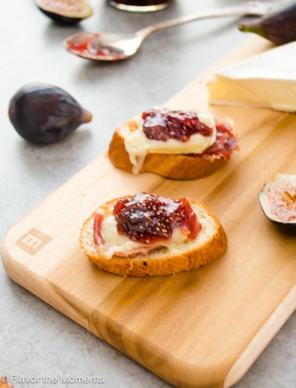 brie-fig-jam-and-serrano-ham-crostini2-flavorthemoments.com