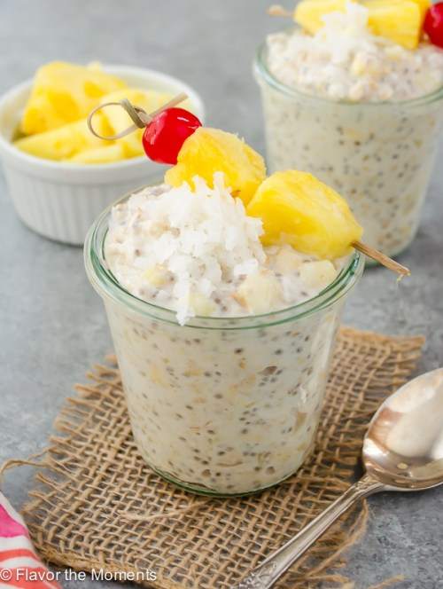 Pina Colada Chia Overnight Oats are creamy overnight oats with chia seeds, coconut, and fresh pineapple. It's a breakfast that feels like a tropical getaway! @FlavortheMoment