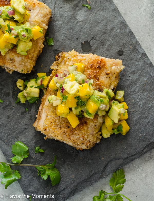 Macadamia Crusted Mahi Mahi with Mango Avocado Salsa is a fresh flavorful dinner that's on the table in 30 minutes! @FlavortheMoment