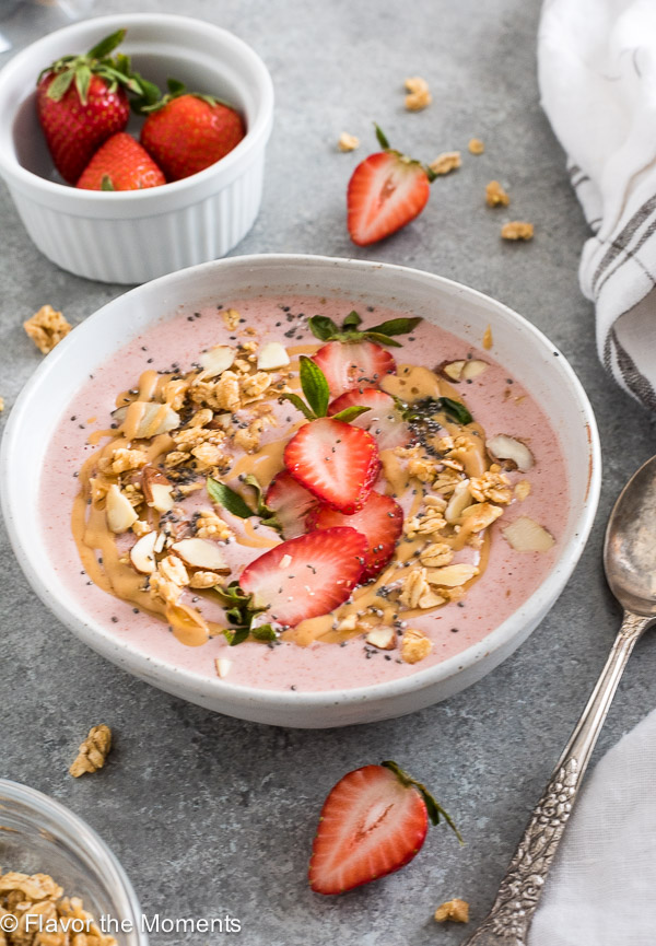 Strawberry Peanut Butter Swirl Smoothie Bowls are creamy vegan smoothie bowls with a decadent peanut butter swirl! {V, GF, Paleo option}