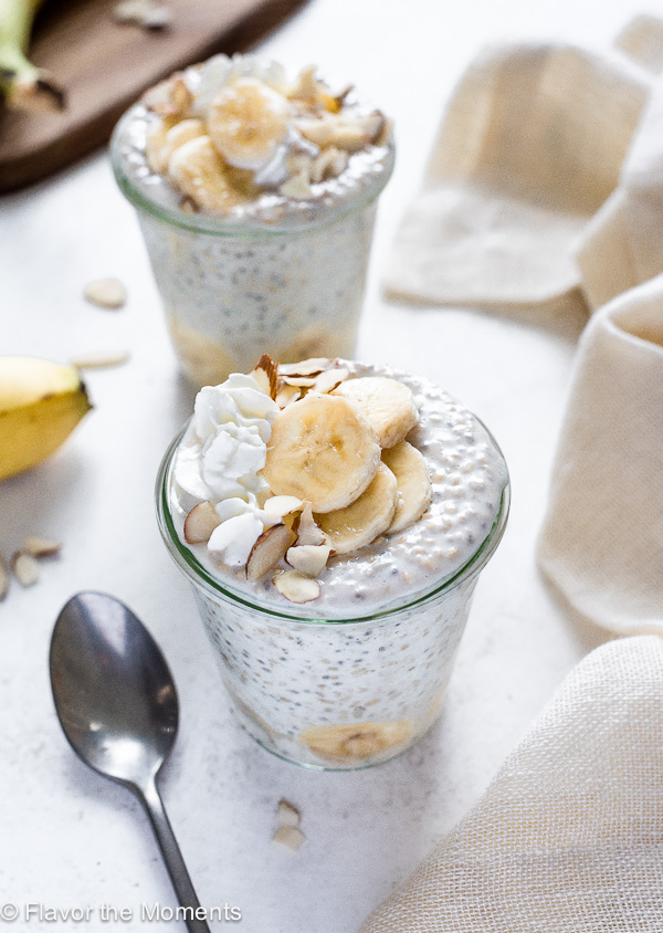 Banana Cream Chia Overnight Steel Cut Oats are a healthy make ahead breakfast that's prepped in only 5 minutes! (dairy free, gluten free and vegan options)