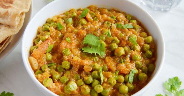 Green Peas Masala with coconut (Video Recipe)